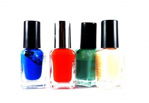 Eight nail varnish tips