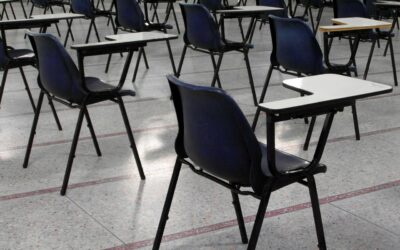 Teachers calling 999 for mental health support