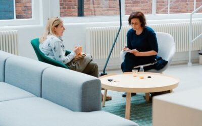 How Hypnotherapy and Counselling can help each other