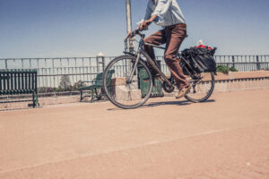 Walking or cycling to work boosts well-being