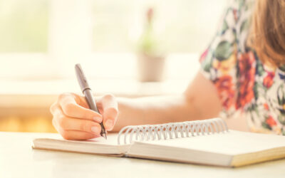 5 journaling prompts to help you feel more connected and content
