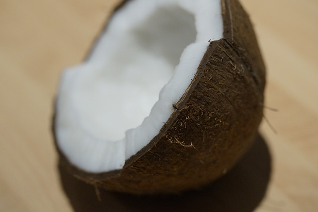 How to add coconut oil to your diet