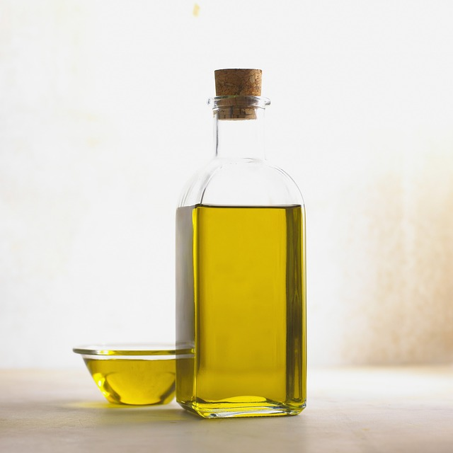 Healthy fats and oils to include in your diet