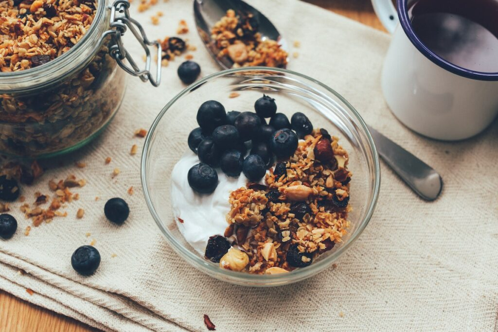 Vegan granola with yoghurt and blueberries