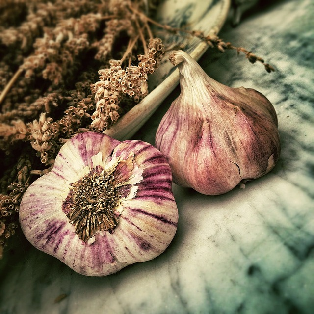 Manage asthma with healing herbs