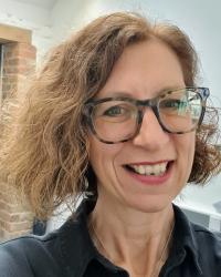 Anna Baulch-Jones Supervisor UKCP Reg. EMDR UK & Europe Accredited