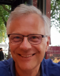 Simon Carpenter EMDR EUR Accrd Practitioner BA counselling /psycho (BACP Accred)
