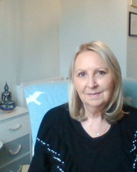 Lesley Susan Cooper, Counsellor/Psychotherapist, EMDR Therapist. BACP Accredited