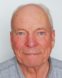 W Mike Douglas