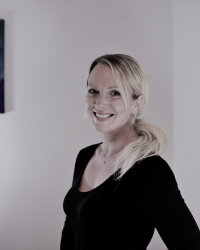 Hayley Maddox Psychotherapist and Supervisor MBACP (Accred), Ma, PgDip, Bsc