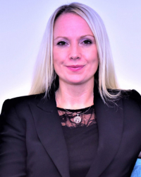 Hayley Maddox Psychotherapist and Supervisor MBACP (Snr Accred), Ma, PgDip, Bsc
