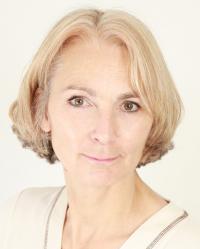 Julia Peters