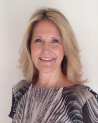 Kerry-Lyn Stanton-Downes - Pyschotherapist