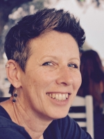Dana Cohen, Brighton LGBTQ Online Counselling & Psychotherapy