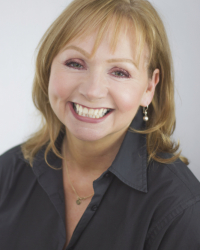 Linda Campbell Cheetham, Psychotherapist, Supervisor MBACP Accred, UKCP Reg Ind