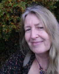 Couples Counsellor, Linda Lord MA ( Couns. & Psych.), MBACP (Accredited)