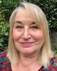 Susan Egan PGDip -  Psychodynamic Counsellor  MBACP (Accred)