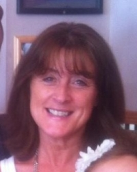 Sandra Fraser BA(Hons) Mbacp - Integrative Counsellor and Supervisor.