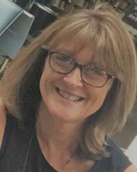 Sandra Fraser BA(Hons) Mbacp - Integrative Counsellor and Supervisor.