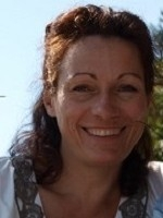 Ute Dorner MBACP, PG Cert Supervision, Exp.Art Therapy & Group Work
