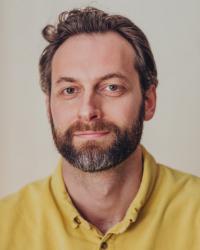 Ali Ross, DProf, UKCP (reg)