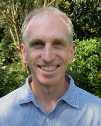 Ian Rattray, Dip. Couns, BA, MSc, Registered MBACP (Accred)