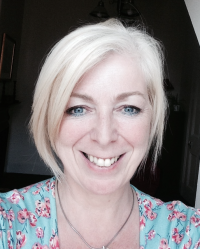 Veronica Macdiarmid  BABCP/EMDR ACCREDITED PSYCHOTHERAPIST