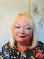 Lynda Mayall Adv Dip Coun. Dip CBT. Registered MBACP Counsellor and Supervisor
