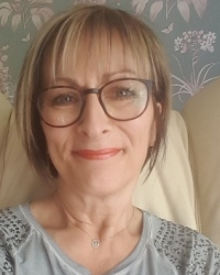 Beverley Whiting BA(Hons) MBACP(Registered) Counsellor & Supervisor