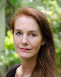 Catherine Pearce