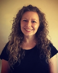 Claire Ratcliffe  MBACP - Psychotherapist, Supervisor & Couples Therapist