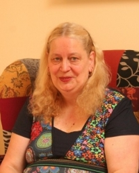 Annie Thompson, Senior Accredited Counsellor helping Children, Adults & Couples