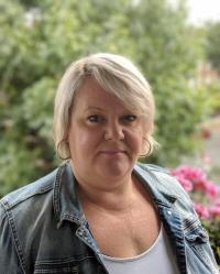 Alison Knight