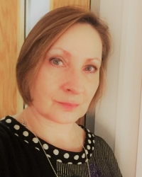 Linda McConnachie Accredited MBACP, BSc (Hons) in Counselling and Psychotherapy