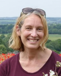 Julie Sandler - MBACP Accredited Counsellor & Supervisor