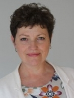 Flora Winchester: Mindfulness-based Psychotherapy & Supervision