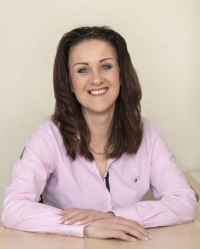 Marie Tomasso BA, MBACP Accredited /registered Counsellor, Supervisor