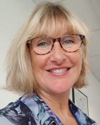 Janet Watson MBACP (Accred) - counselling, therapeutic writing and supervision