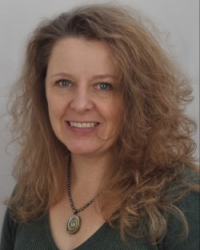 Sara Bradly MA Person-Centred Counsellor/Focusing-Oriented Psychotherapist MBACP