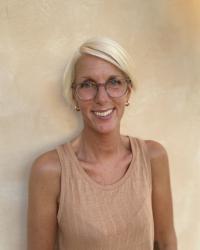 Dr Daniela Hecht
