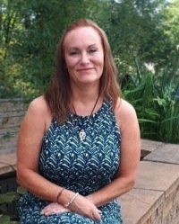 Lesley Osterberg MBACP, Accred, 1st class Hons counsellor & post-grad CBT