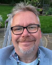 Dr Phil Moss