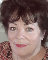 Maureen Fenner  -  Shall We Talk? Online & On The Phone Sessions From £40.00