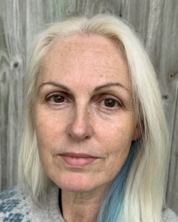 Delia Warmington, Integrative Counsellor for Adults and Children (11-18)