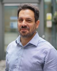 Dr Nikos Tsigaras