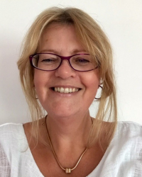 Terrie Henderson. MBACP Registered and Accredited. Adv Dip TA Psychotherapy