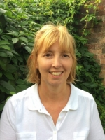 Helen Curran BSc(Hons) PGDip MBACP MNCS (Accred)