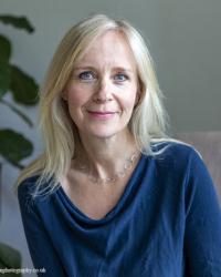 Katrina Sutcliffe MA, UKCP, HCPC  Individual Psychotherapist & Couples Therapist