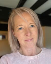 Sarah Hopton MBACP (Accred) MSc FDAP