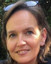 Jacqueline Van Roosmalen